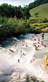 Natural cascades of Saturnia